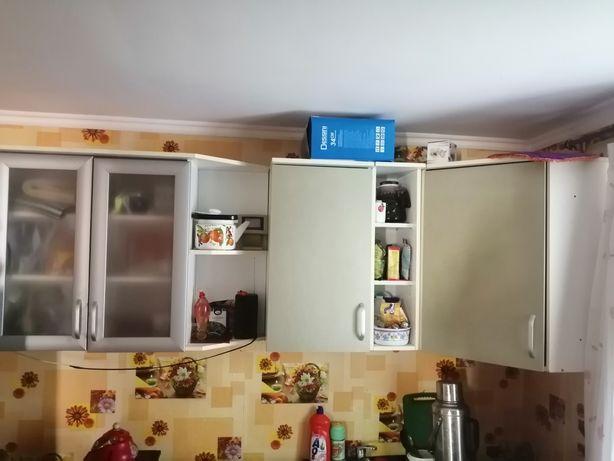 Гарнитура кухонная