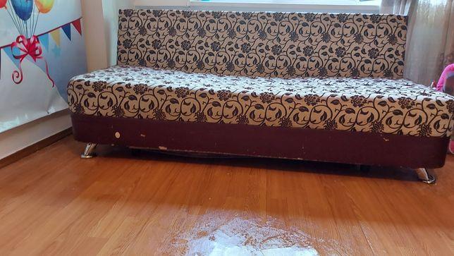 Срочно продам диван раскладной