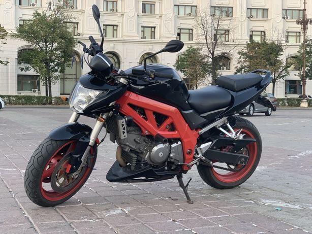 Suzuki Sv650S Streetfighter