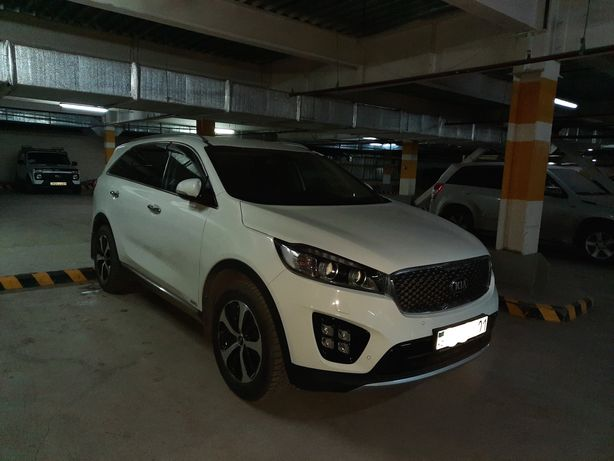 Продам автомобиль KIA SORENTO 2017 год
