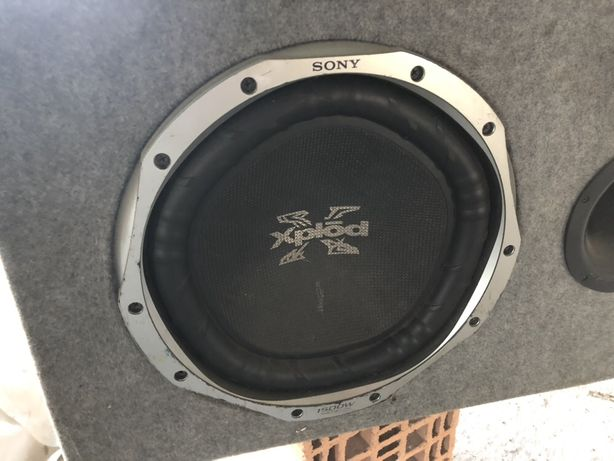 Vând tub bass Sony Xplod