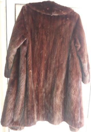 Vand haina lunga din blana naturala de nurca