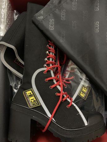 GCDS ботуши над коляното/ чизми