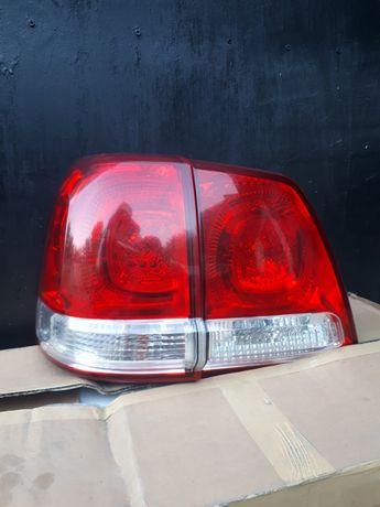 Продаю стопы Land Cruiser  200