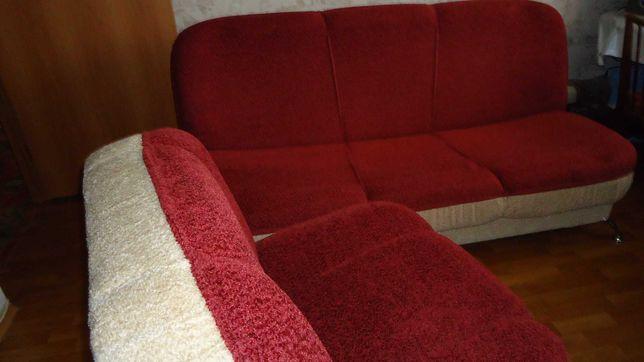 Продаю мягкую мебель диван и два кресла