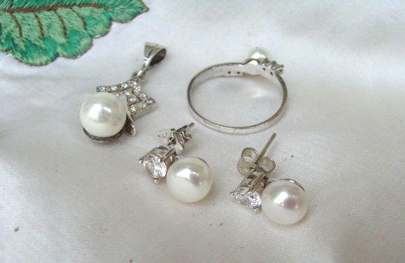 Сребърен Комплект с Естествени Първокачествени Перли и Циркони