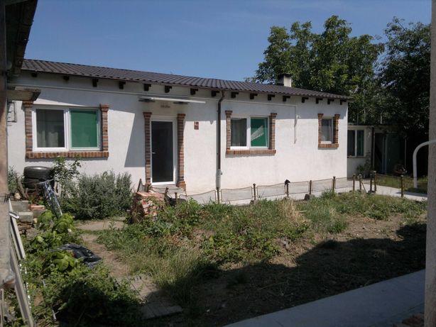 casa la curte comuna 106 m complect renovata