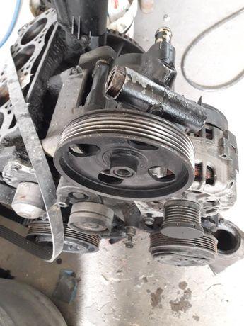 Pompa servo , Alternator , Complesor clima gama Renault 1,9 dci
