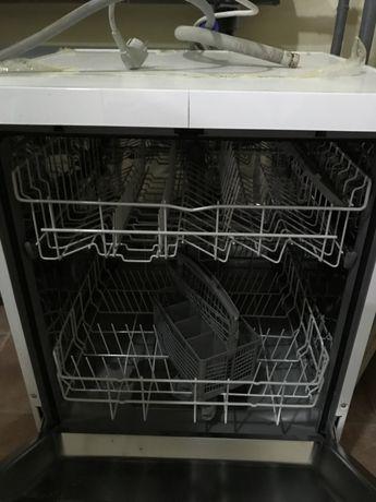 Посудомояяная машина