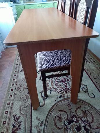 Кухонный стол. Новый.