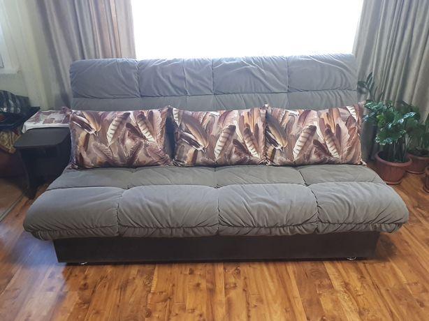 Продам диван отличном  состоянии