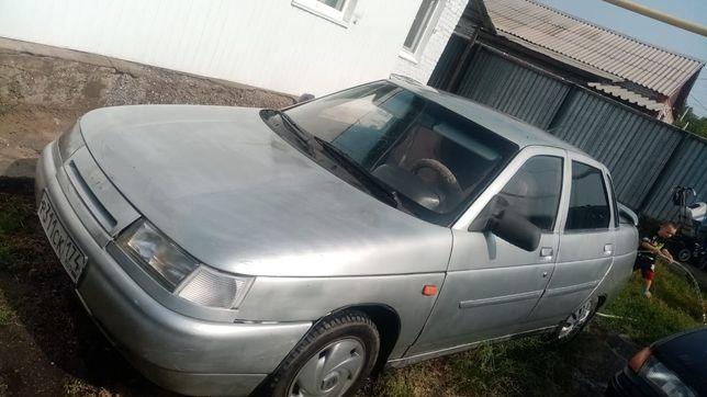 Продам машину  в нормальном состоянии