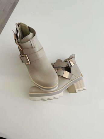 Botine crem, ghete bej, sandale, pantofi, ghete, botine, catarame