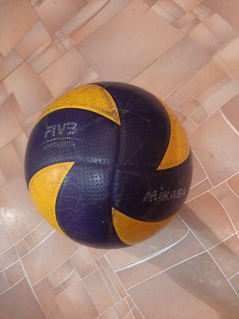 Продам,оригинальный волейбольный мяч, в хорошем состоянии!