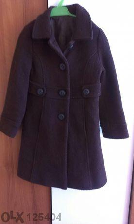 Кафяво палто за малка госпожица