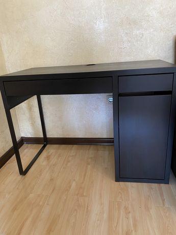 Письменный стол IKEA MICKE