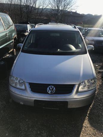 Volkswagen Touran/Фолксваген туаран 2.0TDI DSG НА ЧАСТИ