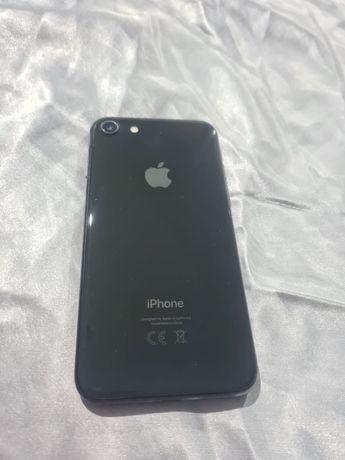 Schimb IPhone 8 impecabil