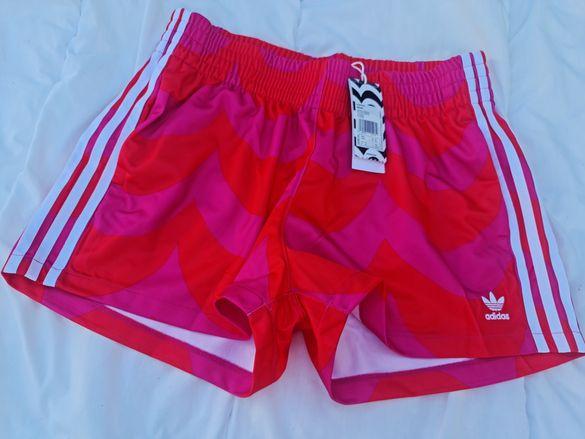 Adidas Marimekko оригинални дамски къси панталонки Л размер
