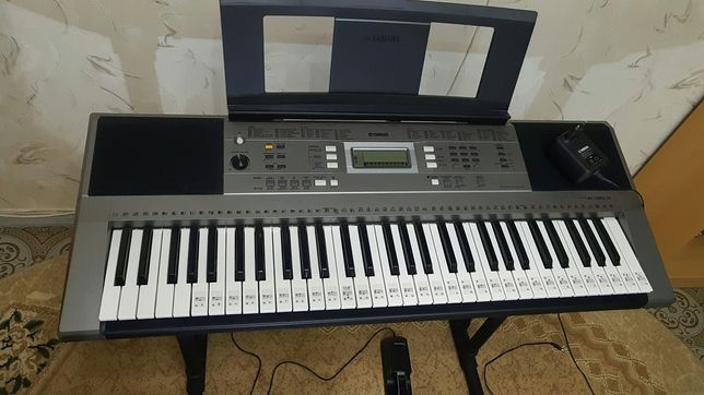 Продается синтезатор yamaha psr-e353