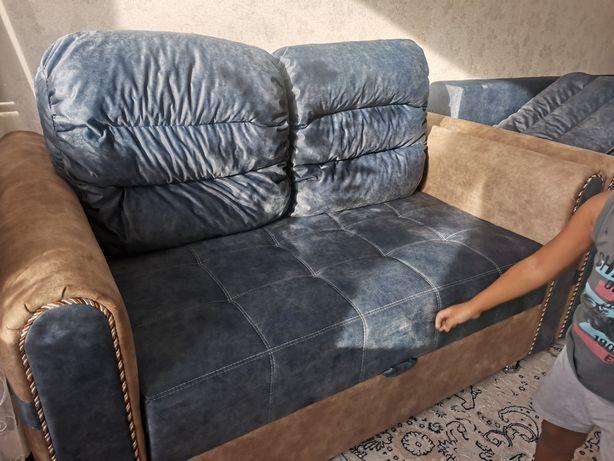 Продам 2х местный диван, новый, купили сегодня комплектом