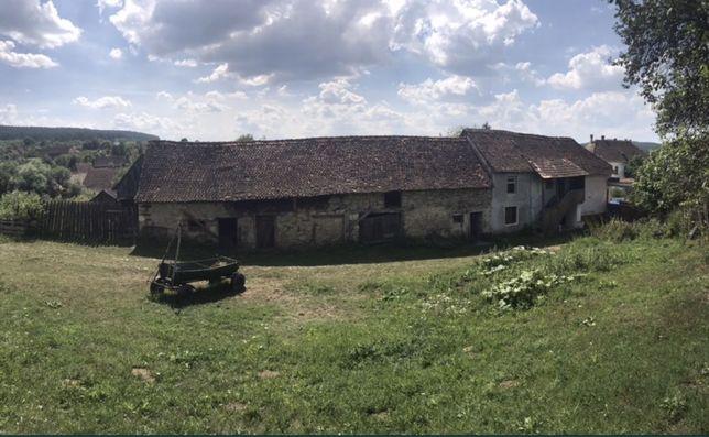 Casa saseasca de vanzare la 60 de km de Brasov