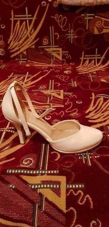 Pantofi dama de mireasa sau ocazie