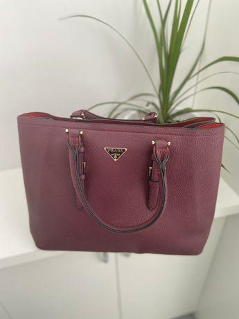 Стильная сумка Prada