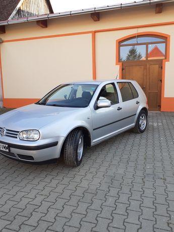 Volkswagen golf 4 1.6 16 v