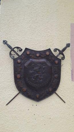 Scut Panoplie Cu 2 Săbii Cu Mâner Din Bronz