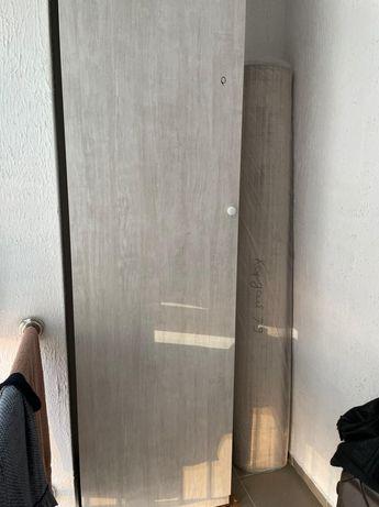 Шкаф для балкона или прихожей