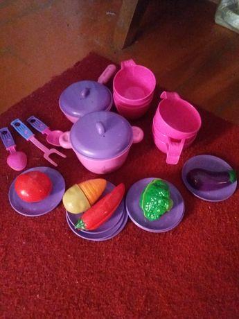 Продам детскую посудку