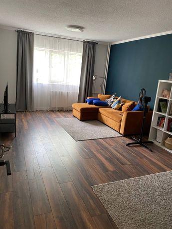 Сдается 2-комнатная квартира на Самал, Набережная, Республика