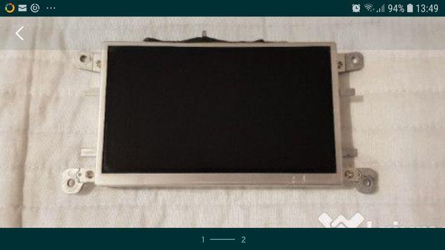 Reparatii display model 8T0919603A A4, A5 etc