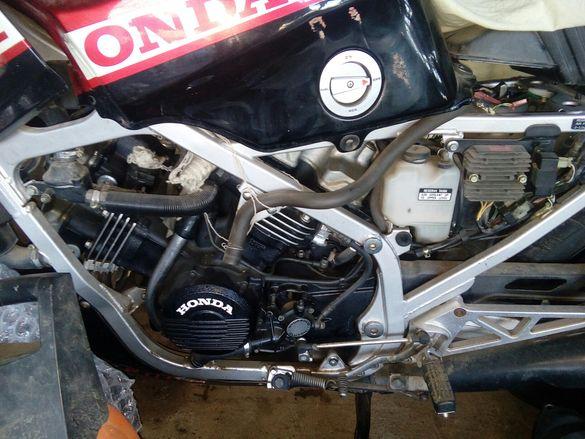 Хонда VF 1000F 1984