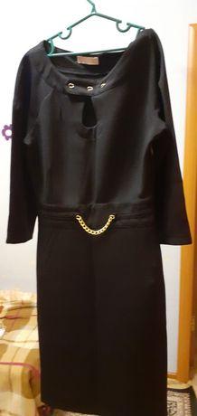 Платье женское, 36 размера, для осени, в отличном состоянии