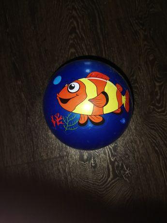 Мяч детский продам
