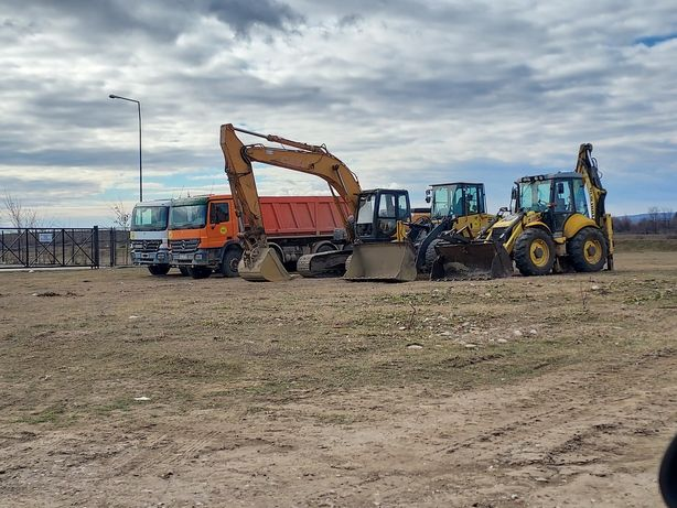 inchiriez utilaje, excavator, buldoexcavator, autogreder, bascula,