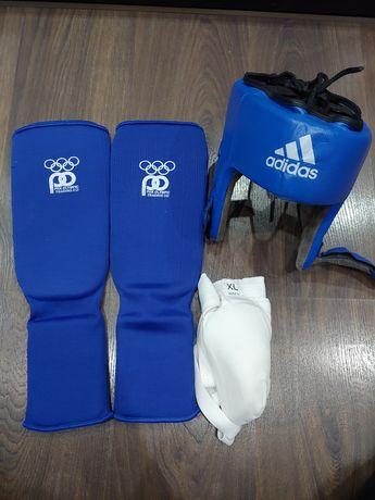Защита для спорта: капа новая, бандаж и футы.