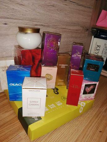 Vând parfumuri Oriflame