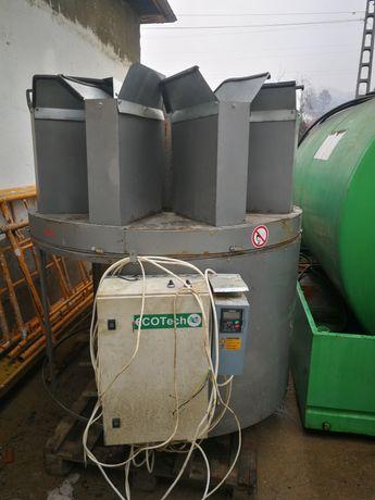 Masina de ambalat (brichete, peleti, carbuni, legume, etc)