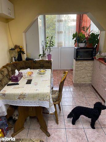 Apartament 2 camere zona Decebal tip PB