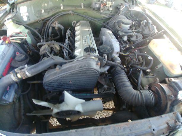 Motor nissan patrol y60 2.8
