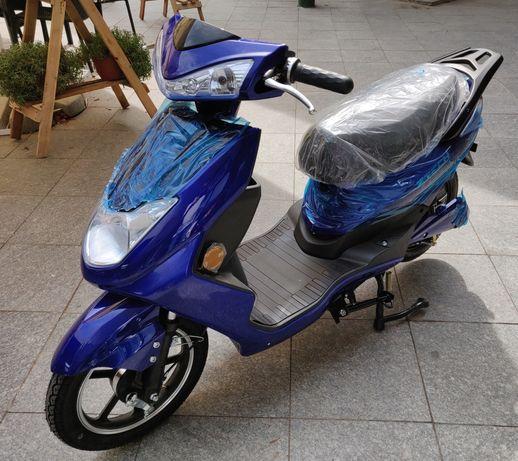 Scuter Electric ZTECH ZT-27 MOTOR 900W, Albastru, 25Km/h NOU 2021 !