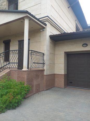 Дом 3 уровня Продажа 7 комнатный Токпанова уг Шарль де Голль