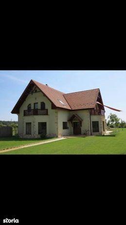 Casa/Vila  - Padurea Noroieni -