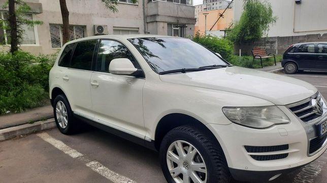 VW Touareg vând sau schimb