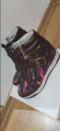 Sneakers teniși dama nr 36