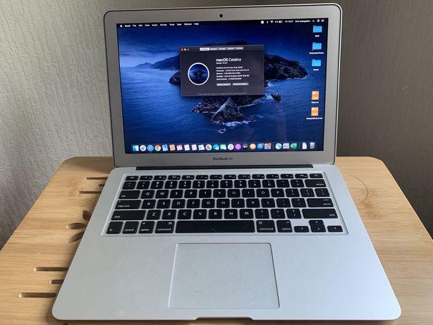 Продам MacBook Air 128Gb, модель 2015 года 13,3''