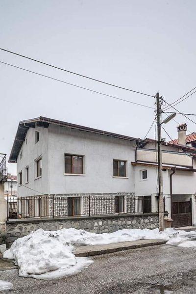 Къща за гости в Банско гр. Банско - image 1